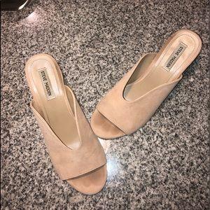 Steve Madden nude Suede block heels